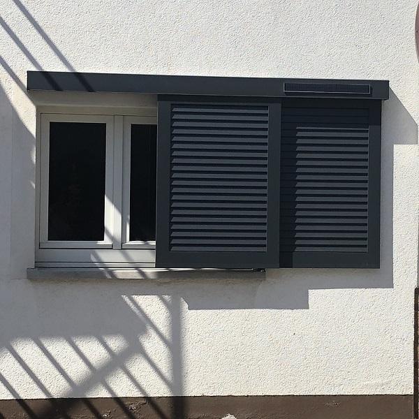 Schiebeläden mit Solarantrieb Funkgesteuert im alten Ortskern Wiesbaden Breckenheim