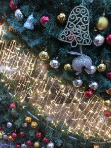 Fröhliche Weihnachten wünscht mauersberger